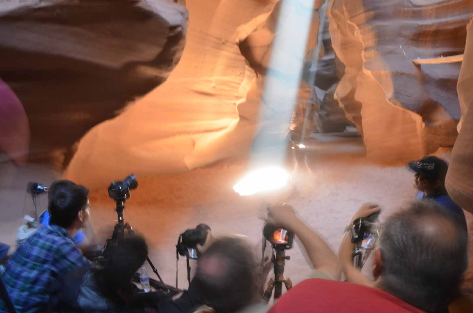 Upper Antelope Canyon Crowds